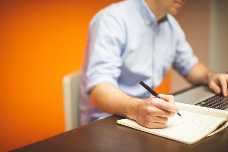 КЗЛД потвърждава в своите решения законността на изписването на ЕГН във фактурите
