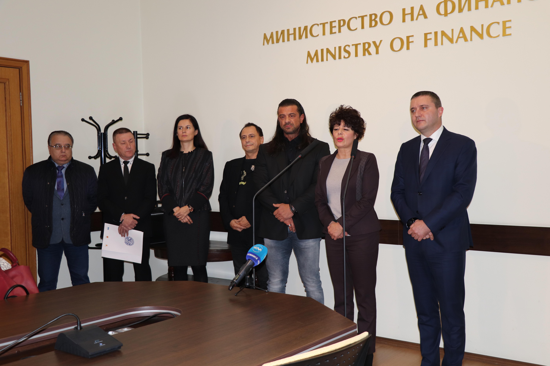 С 6 месеца се удължава срокът за СУПТО от Наредба Н-18 съобщи Министерството на финансите след среща с бизнеса